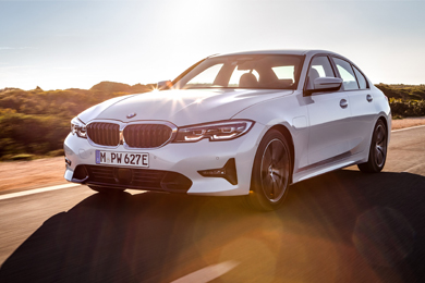 2021-BMW-3-Series-Overview